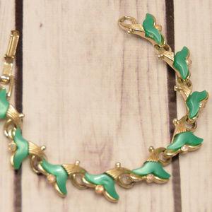 vintage green lucite rhinestone fish tail bracelet